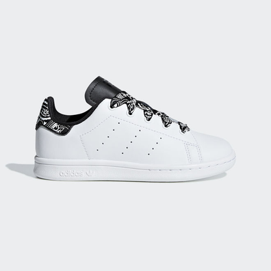 2546689ace6 adidas Stan Smith in maat 33 | Sneakerjagers | Alle kleuren, alle ...