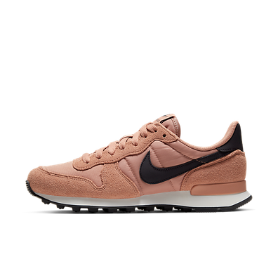 "Nike Wmns Internationalist ""Rose Gold"" productafbeelding"