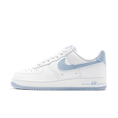 uk availability a5034 79f91 Nike Air Force 1 07 W