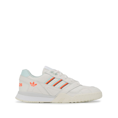 Adidas A.R. Trainer shoes - Wit productafbeelding