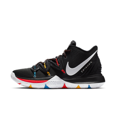 Nike Kyrie 5 'Friends' productafbeelding