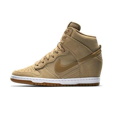 Nike Dunk Sky High Essential productafbeelding