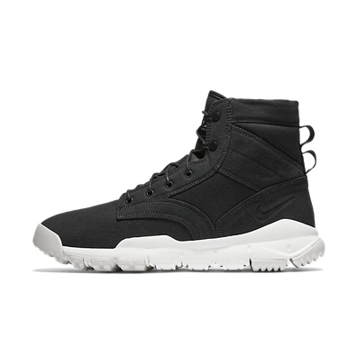 """Nike SFB 6"""" CNVS NSW productafbeelding"""
