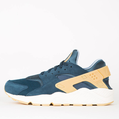 Nike Air Huarache Run SE - Armory Navy / Gum Yellow - Blue Fox productafbeelding