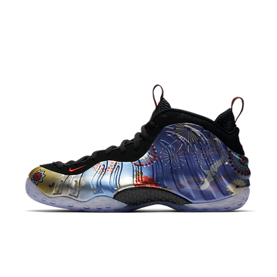 Nike Air Foamposite One LNY QS productafbeelding