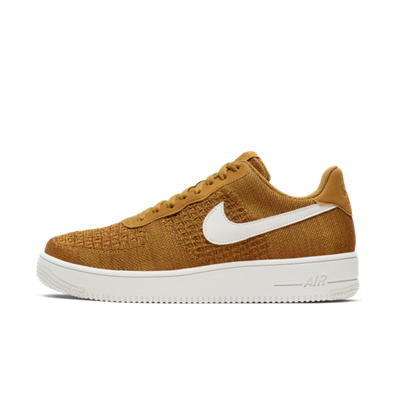 Nike Air Force 1 Flyknit 2.0 'Gold Suede' productafbeelding