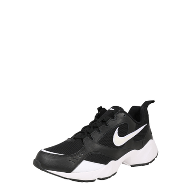 Nike Air Heights Black White productafbeelding