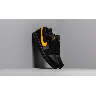Air Jordan 1 Low Black/ University Gold-Black productafbeelding