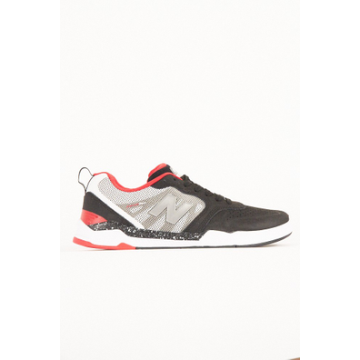 New Balance NM868 BWR Black/White productafbeelding