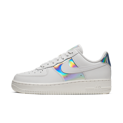 Nike Air Force 1 Low 'Iridescent Silver' productafbeelding
