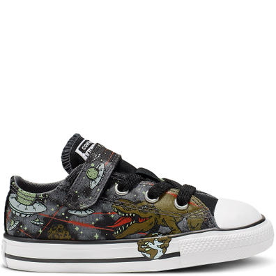 Chuck Taylor All Star Interstellar Dinos Hook and Loop Low Top productafbeelding