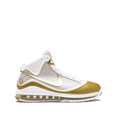 Nike Air Max Lebron 7 productafbeelding