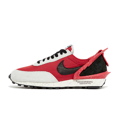 UNDERCOVER X Nike Daybreak 'University Red' productafbeelding