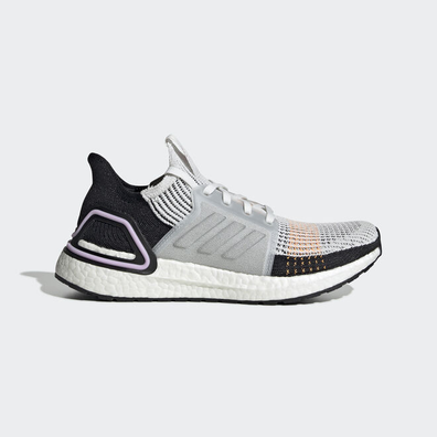 adidas UltraBOOST 19 w Crystal White/ Crystal White/ Core Black productafbeelding