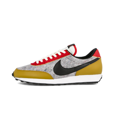Nike Wmns Daybreak QS 'Gold Suede' productafbeelding