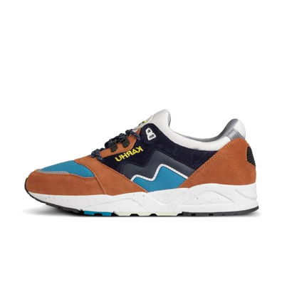 Karhu Aria 'Leather Brown' productafbeelding