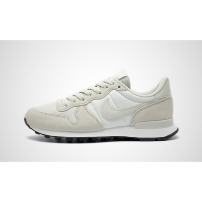 Nike Wmns Internationalist (Phantom / Light Bone - Summit White - Blac productafbeelding