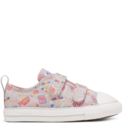 Infant Llama Party Hook and Loop Chuck Taylor All Star Low Top productafbeelding