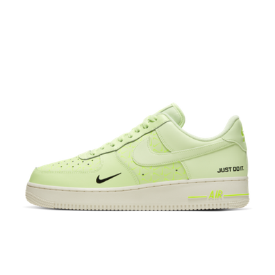 Nike Air Force 1 LV8 'Neon Yellow' productafbeelding