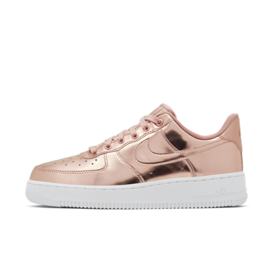 Nike WMNS Air Force 1 SP 'Rosé' productafbeelding
