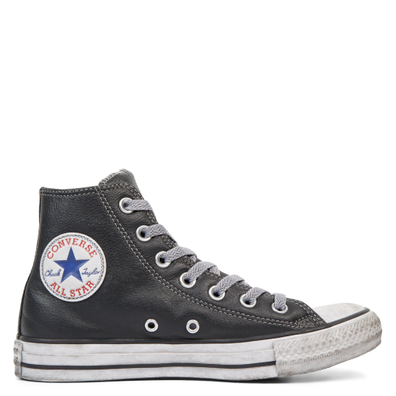 Chuck Taylor All Star Leather Vintage Star Studs High Top productafbeelding