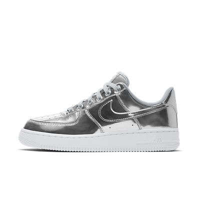 Nike WMNS Air Force 1 SP 'Silver' - Liquid Metal Pack productafbeelding