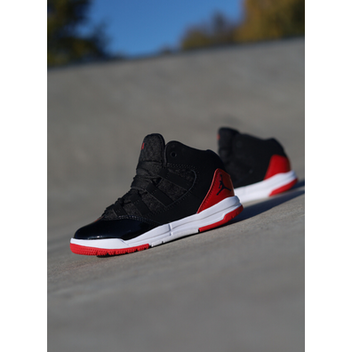 Jordan brand Jordan Aura Black/Red ps productafbeelding
