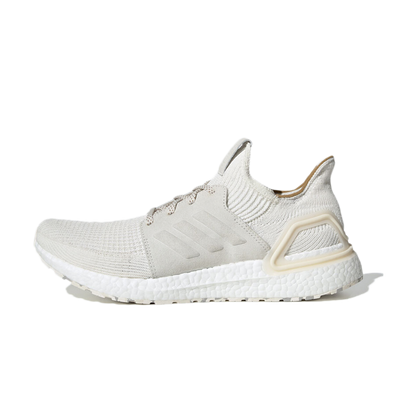 Universal Works X adidas UltraBoost 19 'Winter White' productafbeelding