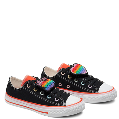 Converse x Millie Bobby Brown Chuck Taylor All Star Kids productafbeelding