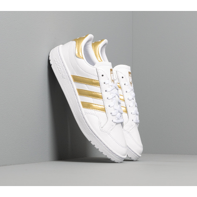 adidas Team Court W Ftw White/ Gold Metalic/ Ftw White productafbeelding