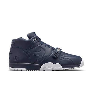 Nike 'Air Trainer 1 Mid SP Fragment' hi-top productafbeelding