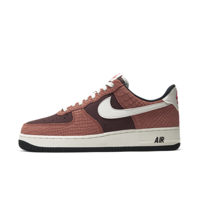 Nike Air Force 1 PRM 'Red Bark' productafbeelding
