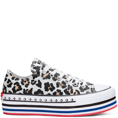 Logo Play Platform Chuck Taylor All Star Low Top voor dames productafbeelding