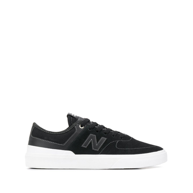 New Balance low top logo embossed suede trainers productafbeelding