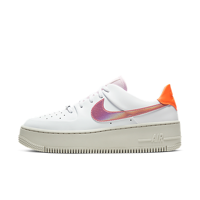Nike Wmns Air Force 1 Sage Low productafbeelding