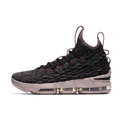Nike LeBron 15 'Pride of Ohio' productafbeelding