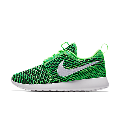 Nike Wmns Roshe One Flyknit productafbeelding