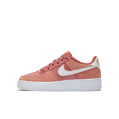 "Nike ""Air Force 1 LV8 Valentine's Day"" productafbeelding"