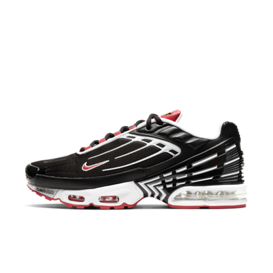 Nike Air Max Plus 3 'Black/Red' productafbeelding
