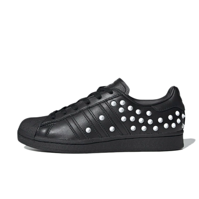 adidas Superstar 'Black Studs' productafbeelding