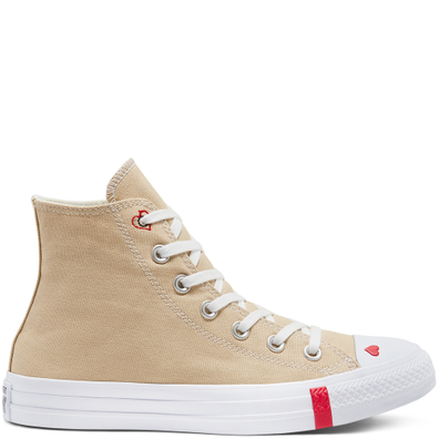 Love Fearlessly Chuck Taylor All Star High Top Shoe productafbeelding