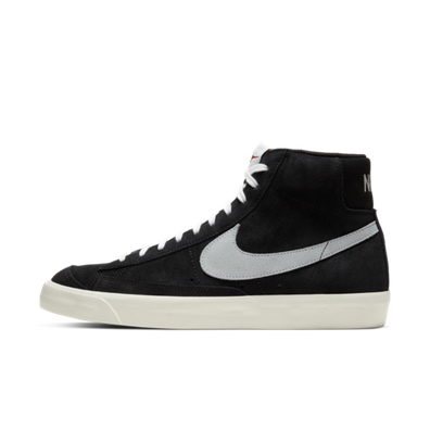 Nike Blazer Mid 77 'Black Suede' productafbeelding