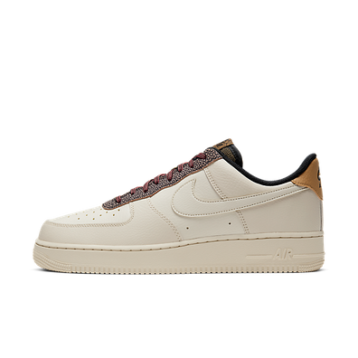 Nike Air Force 1 '07 LV8 productafbeelding
