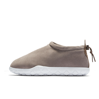 Nike Air Moc Ultra Light Taupe productafbeelding