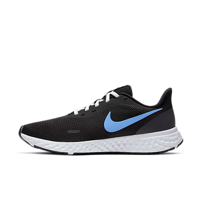 Nike Revolution 5 Black productafbeelding