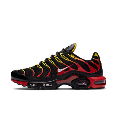 Nike Air Max Plus Gradient Black Red Yellow productafbeelding