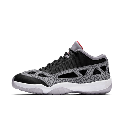 Air Jordan 11 Low IE 'Black Cement' productafbeelding
