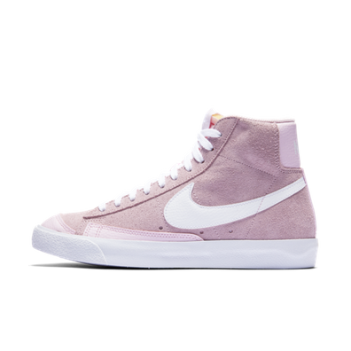 "Nike WMNS BLAZER MID VNTG '77 ""PINK FOAM"" productafbeelding"