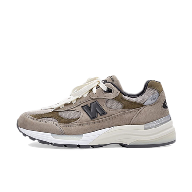 JJJJound X New Balance 'M992J2' productafbeelding