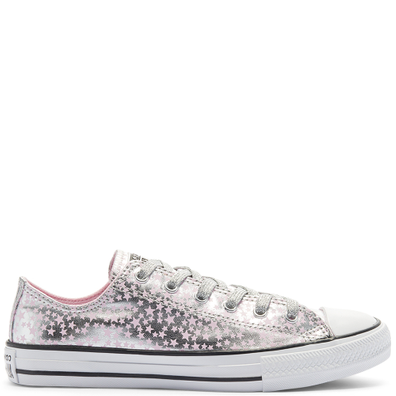 Big Kids She's A Star Chuck Taylor All Star Low Top productafbeelding